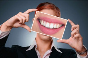 Image of Woman with smiling Teeth